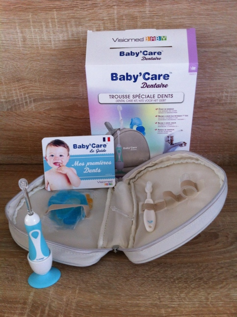 Trousse 4 accessoires baby'care dentaire