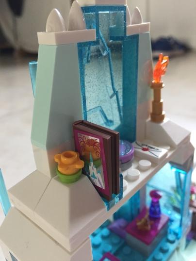 Elsa palais des glaces LEGO